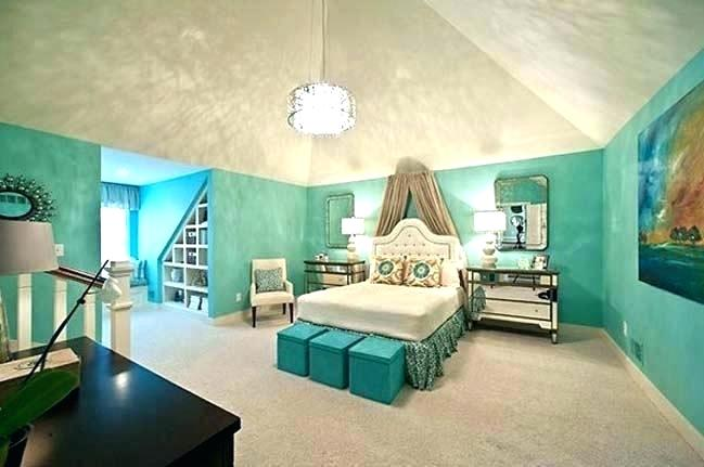 hows this sis, i have to remodel @deaftoallbutthesong huge-bed-huge-bedroom-ideas-huge-bed-room-bedr