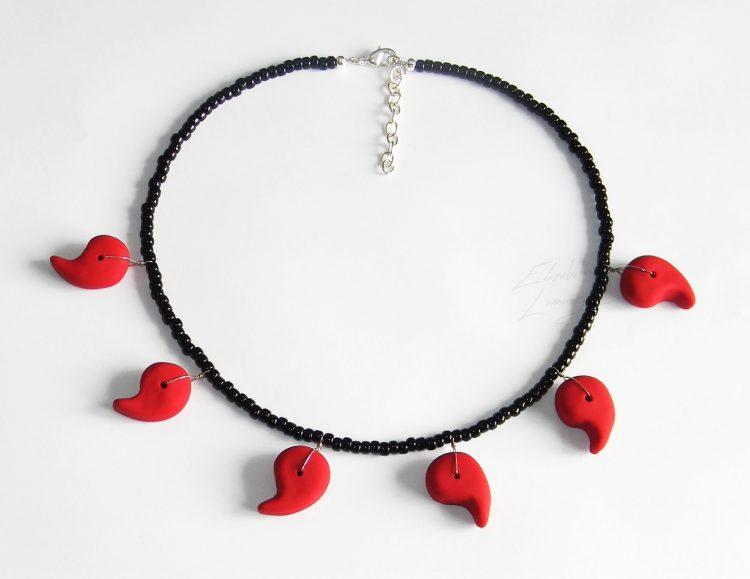 Happy birthday Kandace \o/ I got you something, here try it on! 1716117 N – Red Magatama Six P