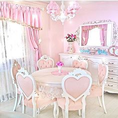 Here my little one. Ur room I made for u f8ca489ba39357b87aec74b233e33fea3fac4d0d7c793a414cceb43466d