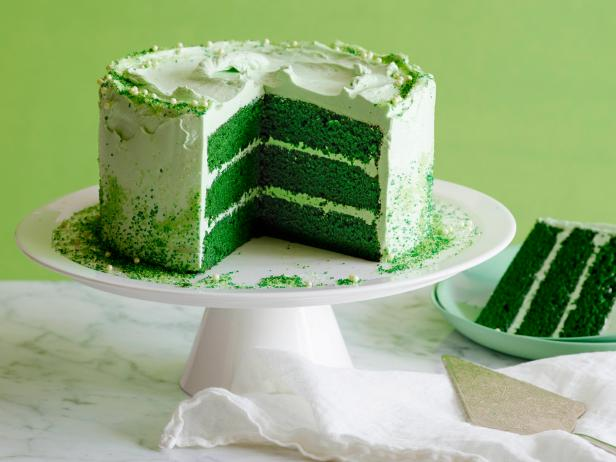 *Getting things ready for Leprechaun Day!* 1-Green-velvet-cupcakes-web1391199935993st-patricks-day-m