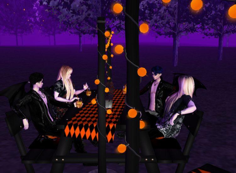 @nyctosatodemone *Twins hanging out with Twins ;) Kinzou & Keiichi enjoying Halloween with Nox &