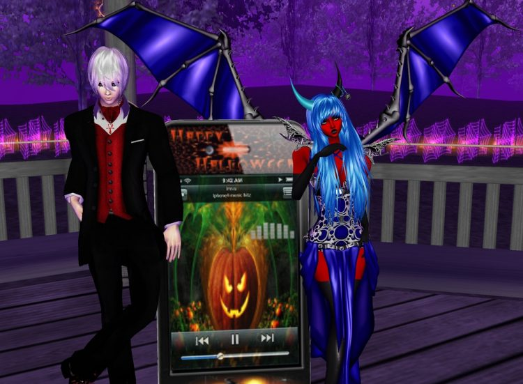 *Listening to some Ghoulish Tunes* @akutososky kanameandakutososkyimvu
