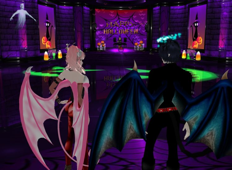 *Arriving at the lounge for Halloween fun* @blueflamesoul lalamyuuandrintokiimvuhalloween