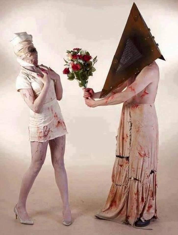 Happy Creepy Valentine's Day!! FC31F446-0815-4002-BB1D-172317DCA2A0