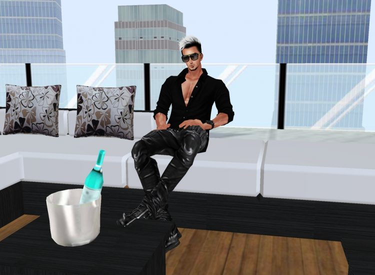 *Relaxing out on the balcony area and having a cold drink.* Snap_ZVSLNowm3c1106313745