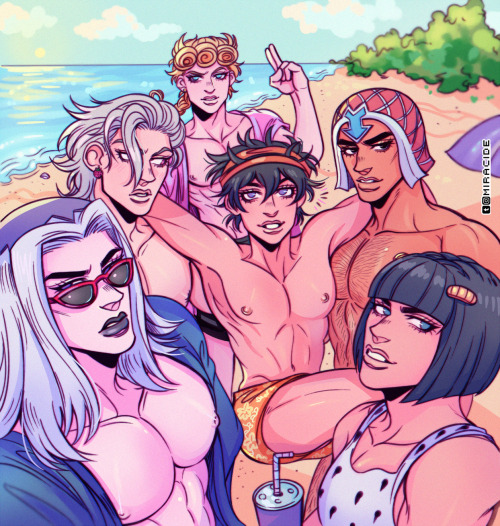 *After attending the meeting it was babe watching and beach time.* @pannacotta @zippergangster @giog