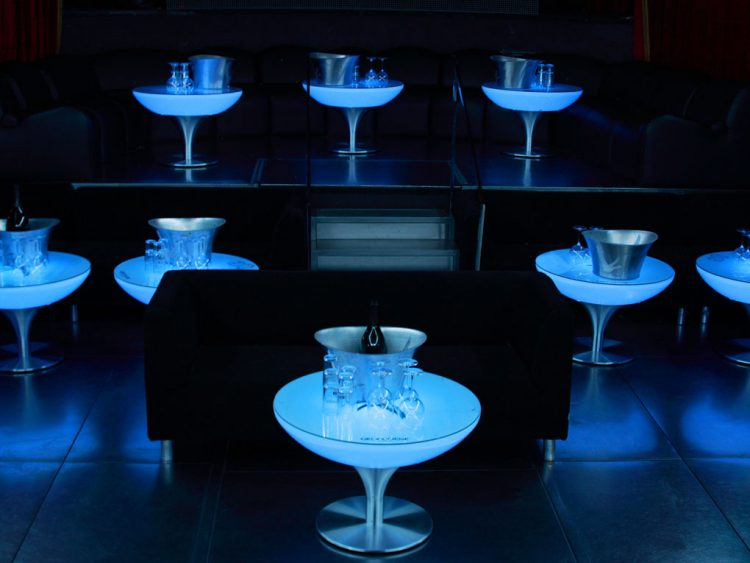 Moree-Lounge-55-LED-Pro-indoor-bar-club-nightclub-table-drinks-modern-illuminated-designer-design