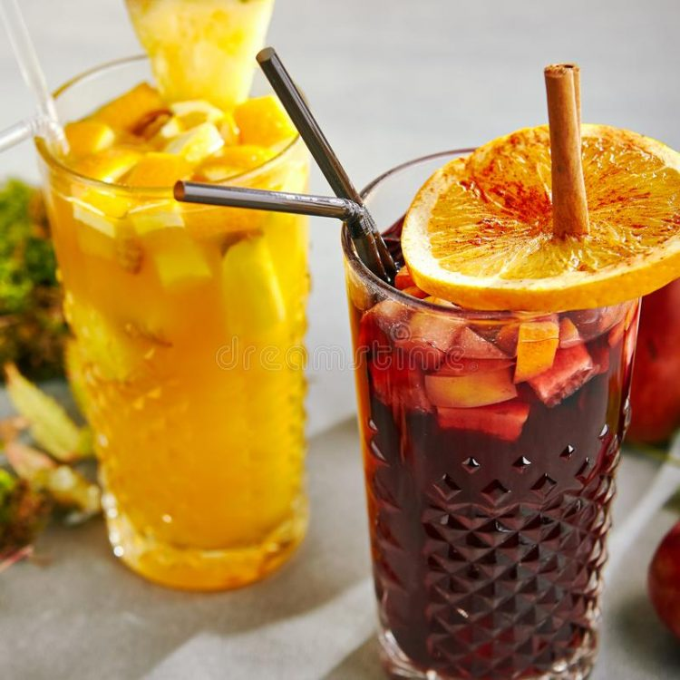*With autumn now here, Tama had to change the signature drinks for the season. She took out several