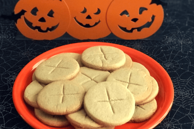 *The Samhain Soul Cakes were being made and boxed to be sent out along with the recipie.* Halloween-