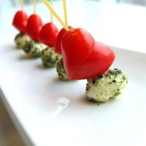 25-Cute-Valentine's-Day-Wedding-Appetizers9
