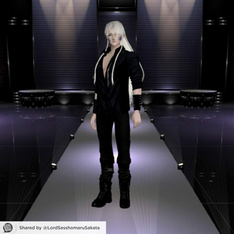*Later he takes a stroll on the catwalk.* 1621525934065