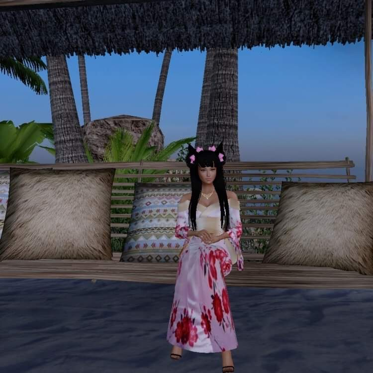 Finally back in To imvu again I tried to make it as close to what look I had before it deleted on me