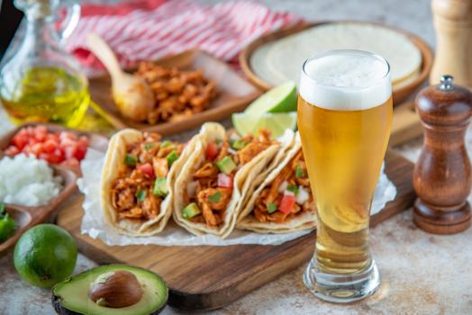 Mas tacos y cervezas ay ay aaaaaayyy! OCR-L-CINCO-0502-1