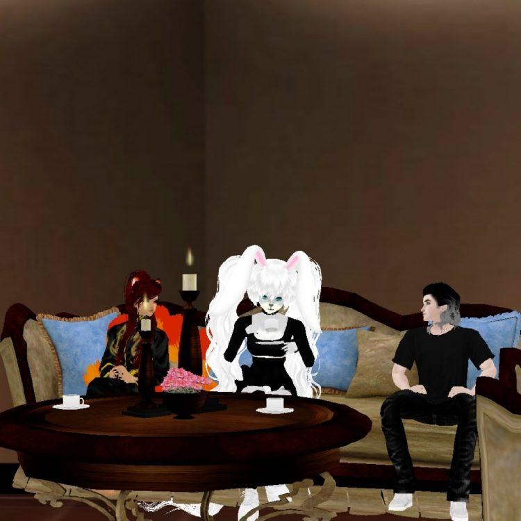 *enjoying time at the clan home with Kandace and Raven.* @kandace @ravenshadowlight ginkachiathomeiw