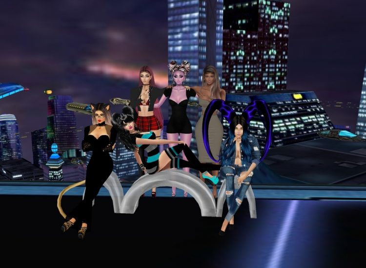 A gathering of beautiful women! @sweetsugardemon @leonezza @hexenfyre @sultrysuccubussugarfiend @sni