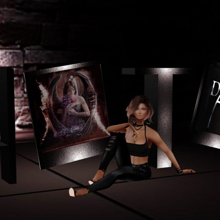 *It was her turn to pose for a photo* F3DC35D0-0D08-4E68-A4F3-443D053CCC97