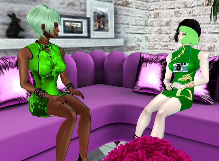 @tamaki *After shopping they sat down to talk about their project.*azucarandtamakimodelingtalkimvu