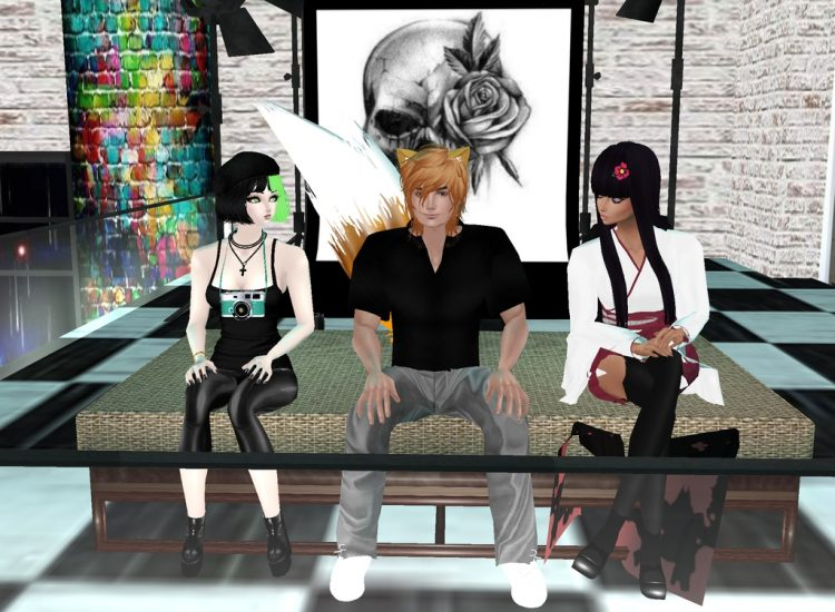 *Taking a few more photos of Riri and Miyabi at the Sugar+Spice Mini Loft Photo Studio.* @ayakashisp